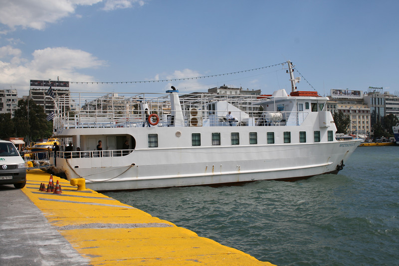 2008 - M/S ARISTOBULOS B in Piraeus.