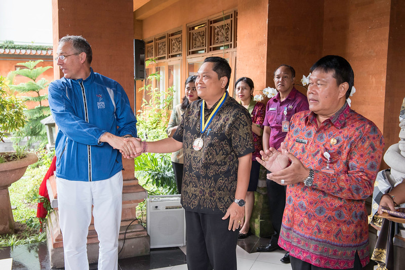 20170202_Peace Run Denpasar w_Mayor_055.jpg