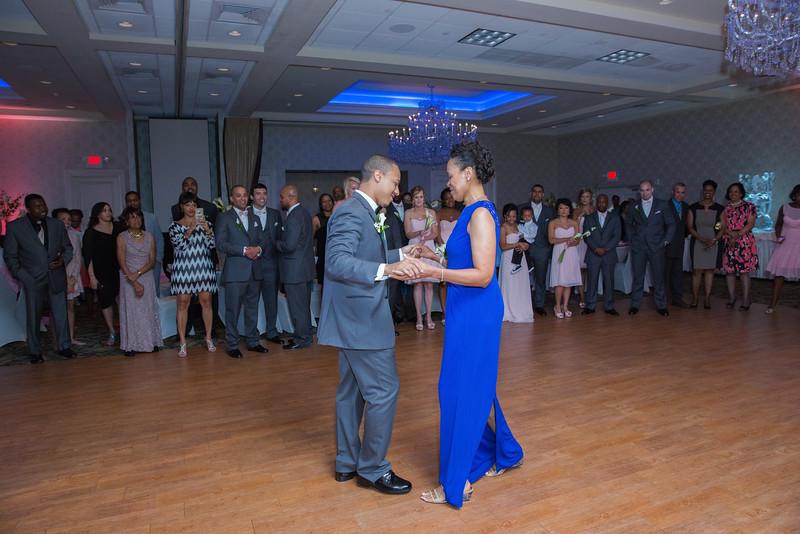 114_speeches_ReadyToGoPRODUCTIONS.com_New York_New Jersey_Wedding_Photographer_J+P (810).jpg