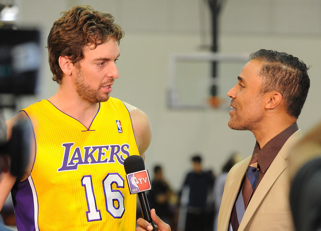. Pau Gasol is interviewed by former Laker and current NBA TV reporter Rick Fox.The Los Angeles Lakers held a media day at their El Segundo practice facility. Players were photographed for team materials, and interviewed by the press. El Segundo, CA. 9/27/2013. photo by (John McCoy/Los An8eles Daily News)