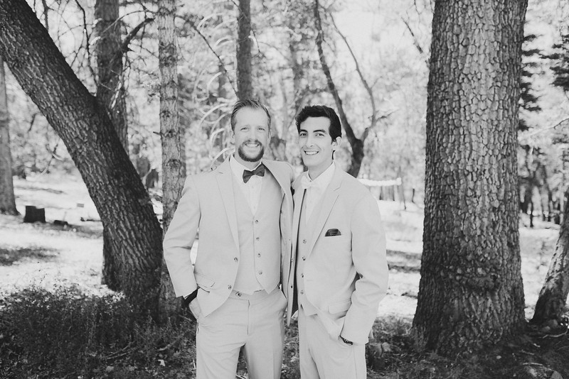 Gabe&Kallahbw-1142.jpg