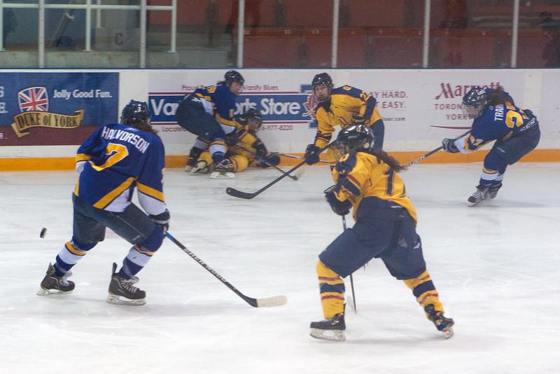 20130310 QWHockeyvsUBC 381.jpg