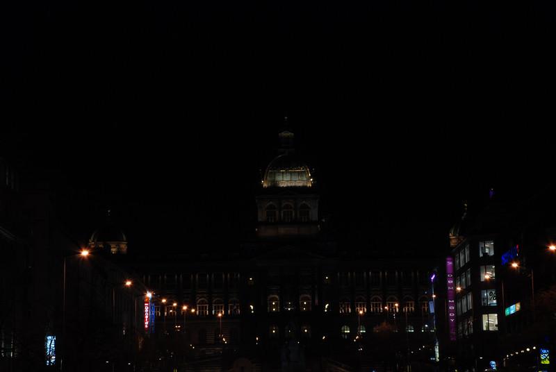 Good King Winselas Square at Night 3.JPG