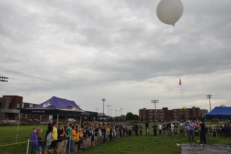 160509 VU Weather Balloon Launch (29).JPG