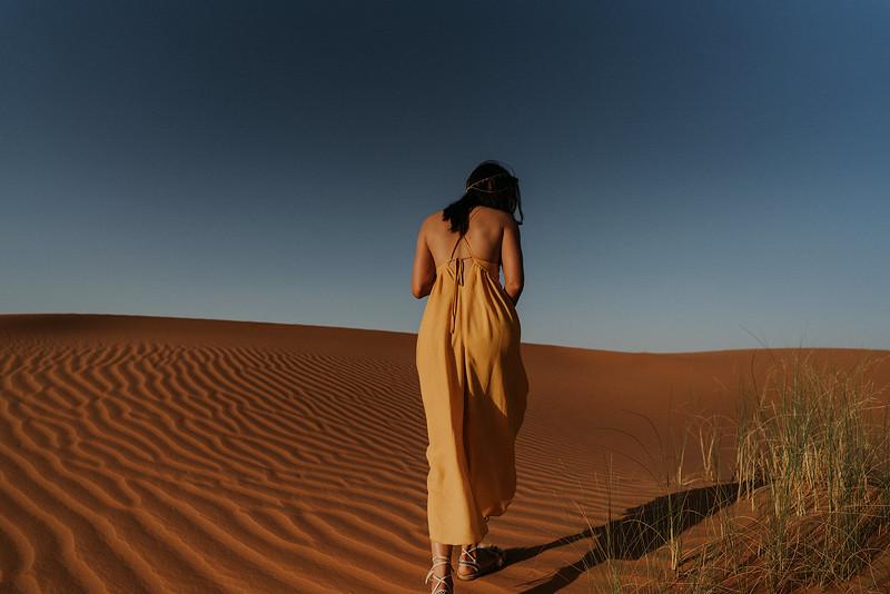 Tu-Nguyen-Destination-Wedding-Photographer-Morocco-Videographer-Sahara-Elopement-330.jpg