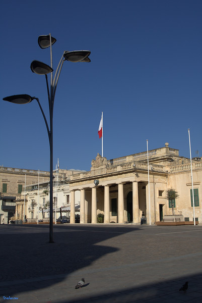 Valletta, Malta.    St. George's Square.   03/25/2019 This work is licensed under a Creative Commons Attribution- NonCommercial 4.0 International License