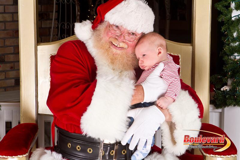 Santa Dec 8-205.jpg