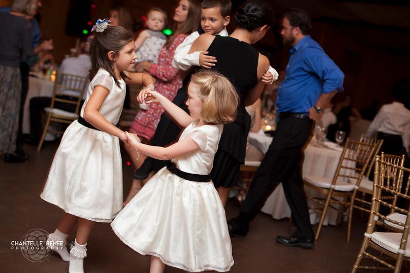 CRPhoto-White-Wedding-Social-567.jpg