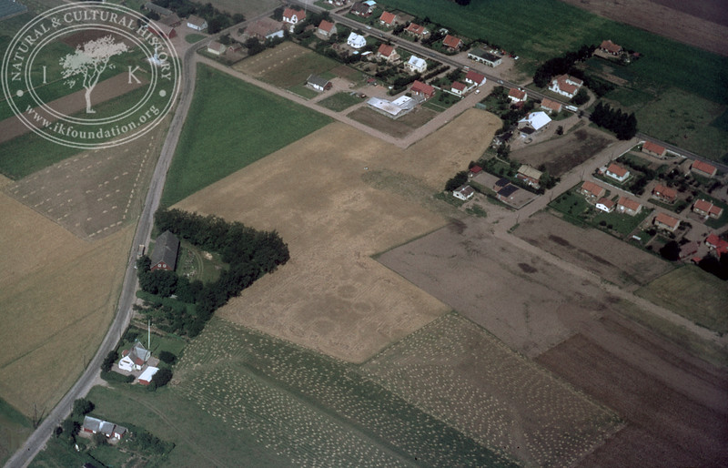 0,25km southeast Kvidinge monument | EE.0949