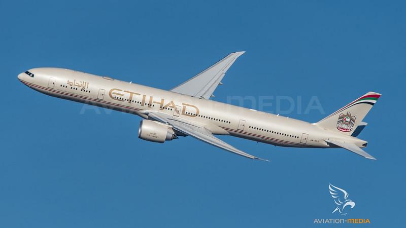 Etihad / Boeing B777-3FX(ER) / A6-ETO