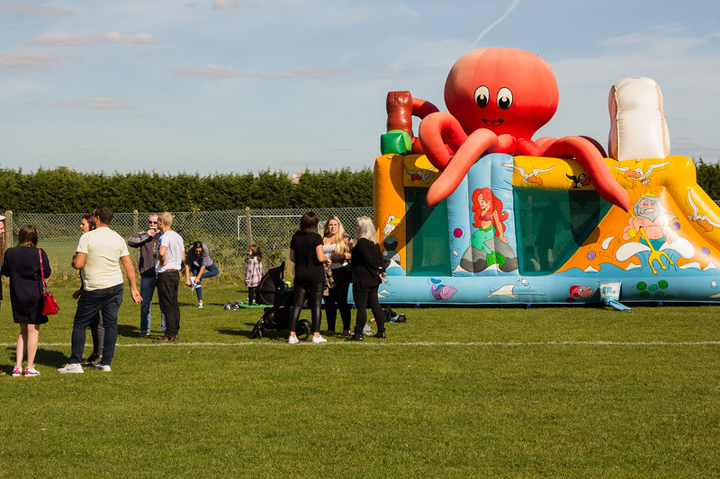 bensavellphotography_lloyds_clinical_homecare_family_fun_day_event_photography (108 of 405).jpg