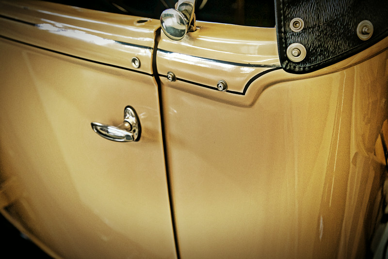 yellow ford door handlejpg.jpg