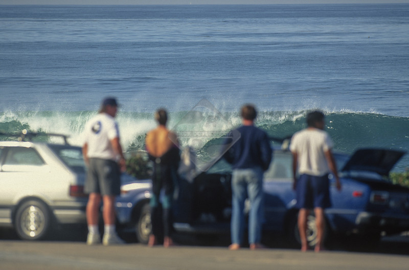 Surfing, Ca La Jolla_Horseshoe_Jan_1992_0015.jpg