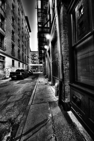 staple-street-black-and-white-tribeca.jpg