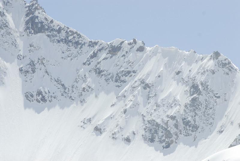 080502 2374 Russia - Mount Elbruce - Day 2 Trip to 15000 feet _E _I ~E ~L.JPG