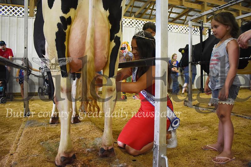 0711_LOC_BC Fair cow milkin.jpg