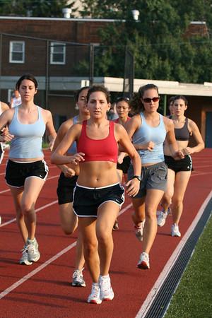 Women's Open Mile - B heat