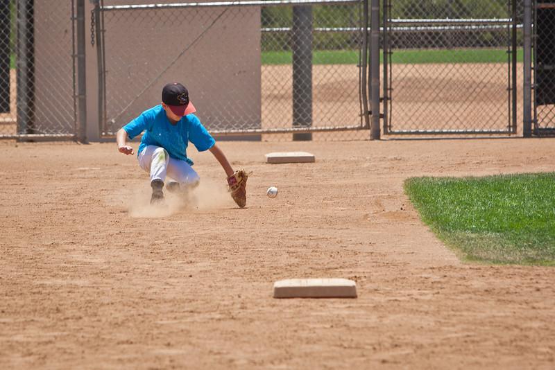 110628_CBC_BaseballCamp_4179.jpg