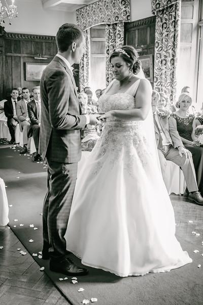 Cross Wedding-186.jpg