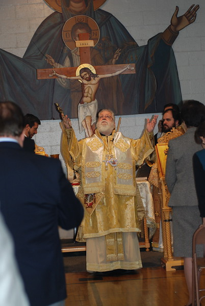 2012-11-04-Dome-Cross-Blessing-Sunday_258.JPG