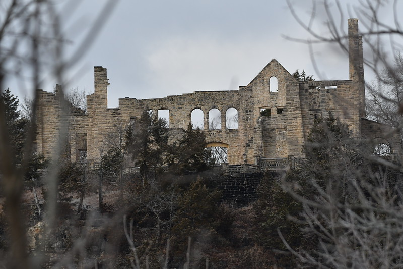 Castle from 200mm taken from the same location across the ravine near post office