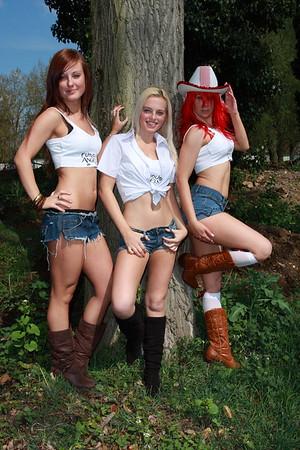 Kitty, Emma and Tasha Location Shoot