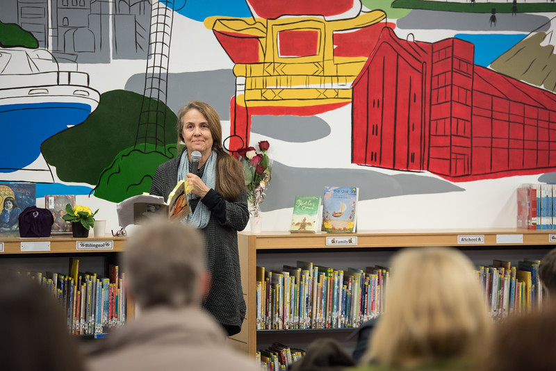 Poetry reading with Naomi shihab nye-5424.jpg