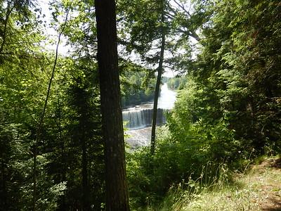 04 - Tahquamenon Falls - Steve