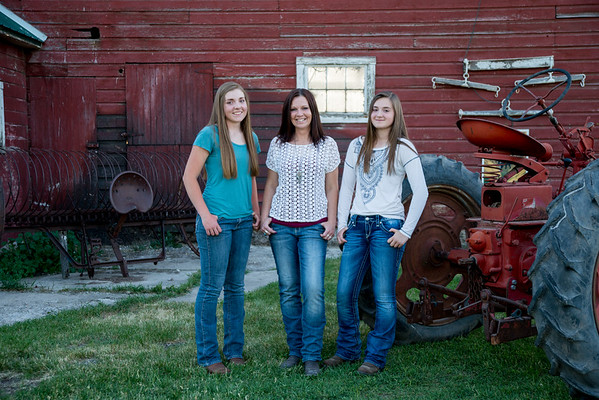 Carrie Kirby  and daughters