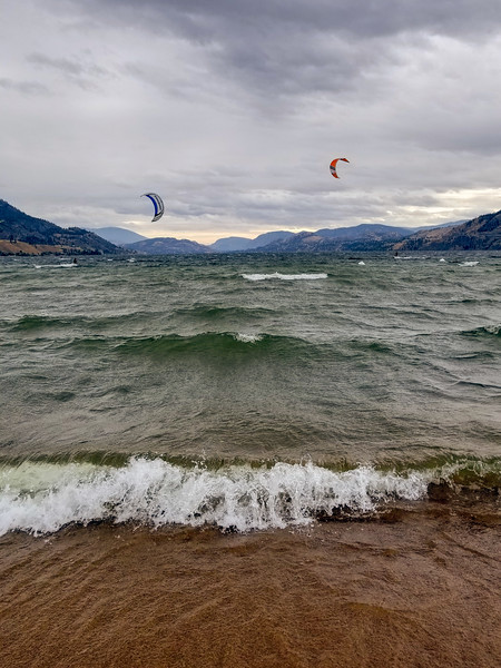 Day 279: Kitesurfers