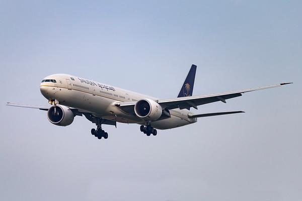 HZ-AK24 - Boeing 777-368/ER