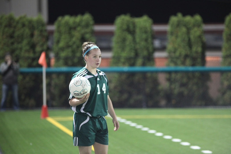 Woodinville High Girls Varsity Soccer 2010  ©Neir