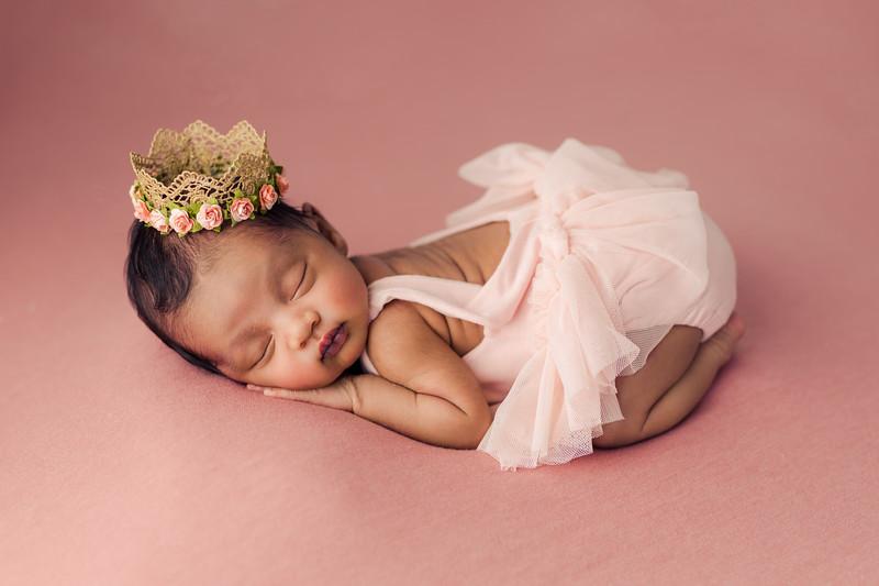 Ava's Newborn Session-34.jpg