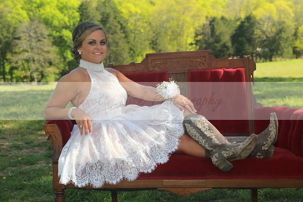 Huntland Prom Tara Cates