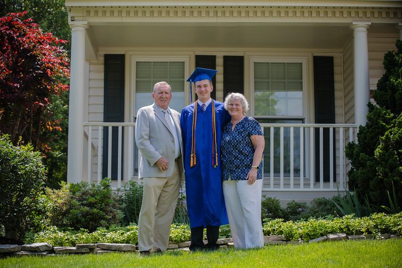Daniel Graduation-24.jpg
