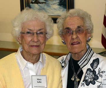 Mary Selbe (left) and Darleen Young both had close ties to the Dr. Lyle Hare and his family.