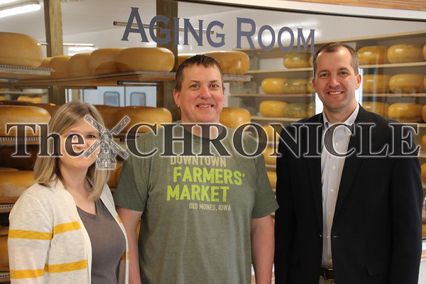 Iowa Secretary of Ag visits Frisian Farms
