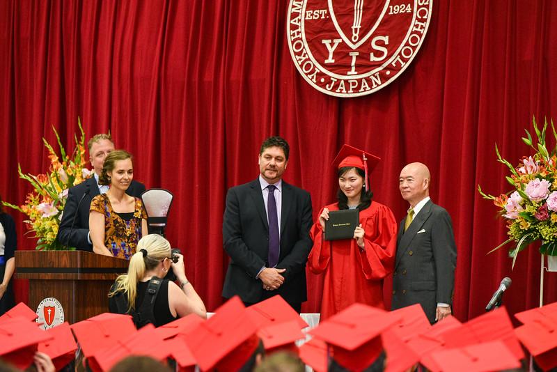 Senior -Graduation-DSC_5653-2018-19.jpg