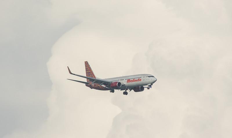 Malindo Air B737-800 9M-LCF as MXD2204 approaching Langkawi LGK WMKL.