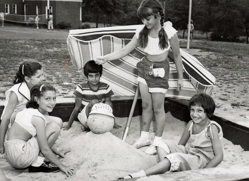 FRANKLIN SCHOOL PLAYGROUND 1965 001.jpg