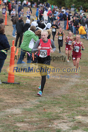 Girls Middle School at 800M Mark - 2012 Portage Invite