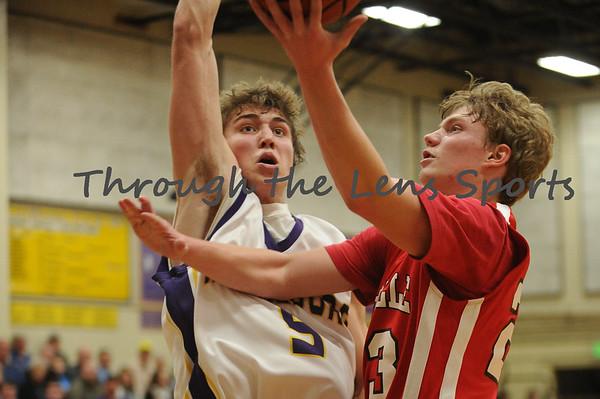 Harrisburg vs. Coquille Boys HS Basketball