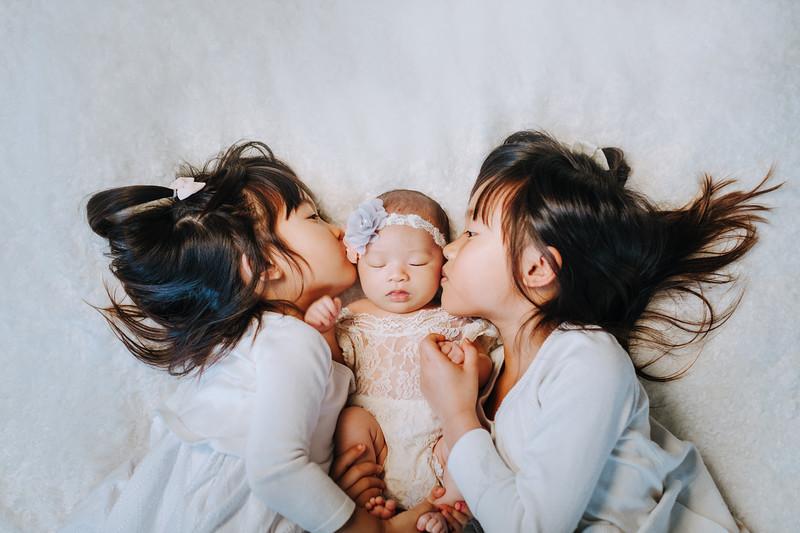 Newborns-Cheng-Family-C (5).jpg