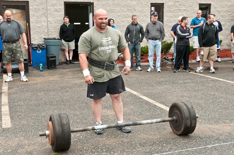 Fitness Revolution Strongman Challenge 2011_ERF3671.jpg