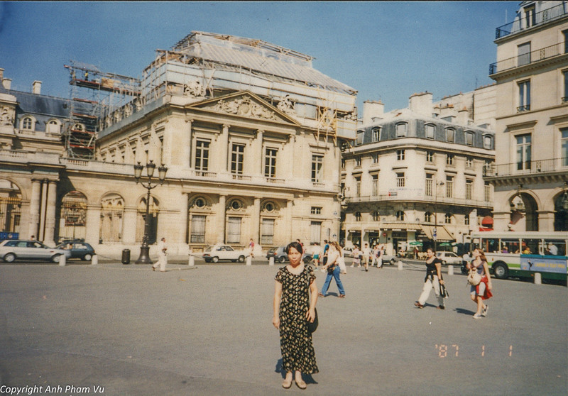 Paris 90s 037.jpg