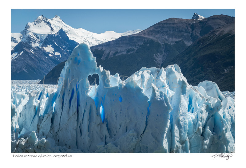 200205 05405 Perito Moreno Glacier Argentina.jpg