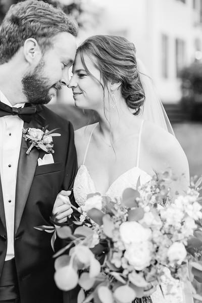 458_Ryan+Hannah_WeddingBW.jpg