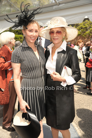 Sharon Handler Loeb, Marjorie Reed Gordon photo by Rob Rich/SocietyAllure.com © 2014 robwayne1@aol.com 516-676-3939
