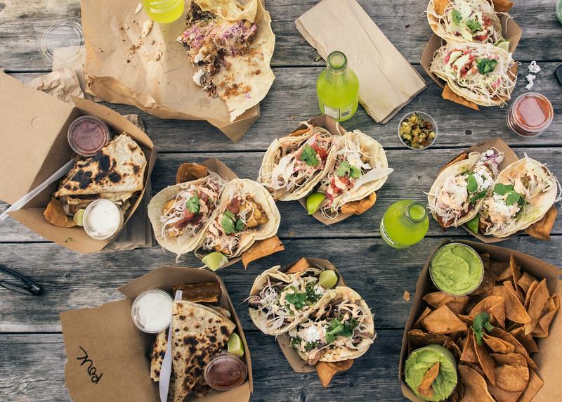 caseros mexican tacos 2.jpg