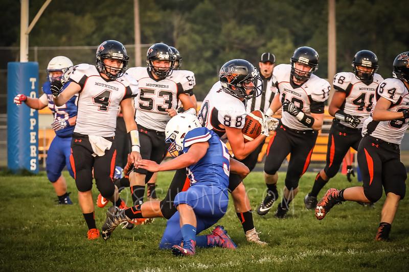 GC Football vs Elk Mound-0298.JPG